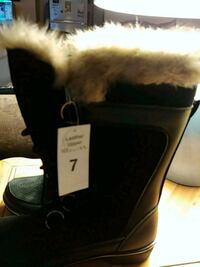 black and white fur-lined snow boots Lusby, 20657