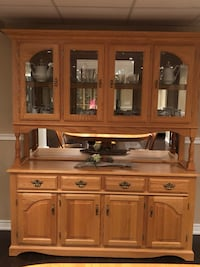 Amish-built Oak Furniture - please give it a good home