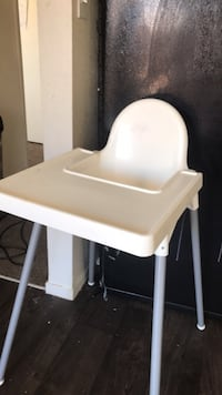 white and gray high chair Mesquite, 89027