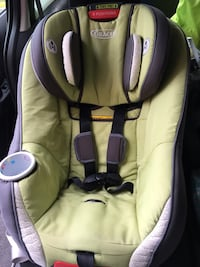 Graco size4me 65 convertible car seat  Fairfax, 22033
