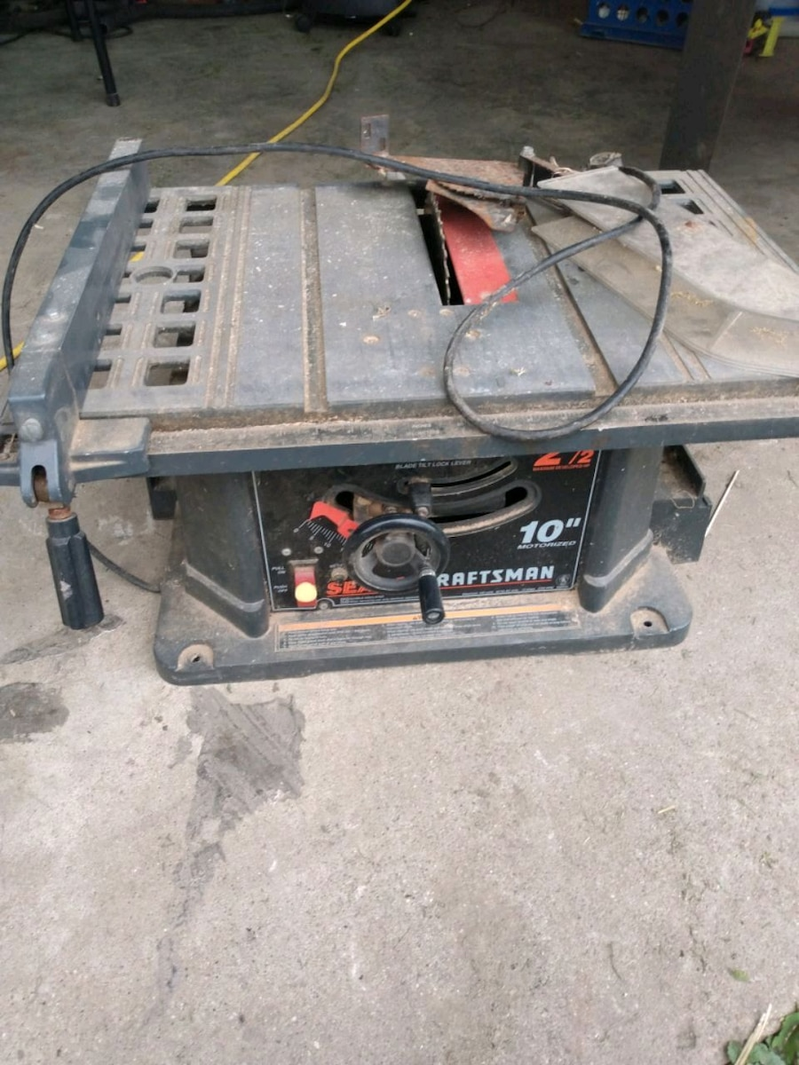 Photo Craftsman 10 table saw