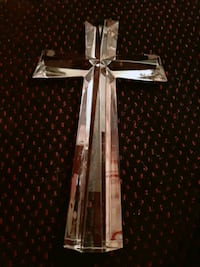 Beautiful  cross  ,let the sun go through  it and  see the beautiful   St. Catharines, L2M 4G1