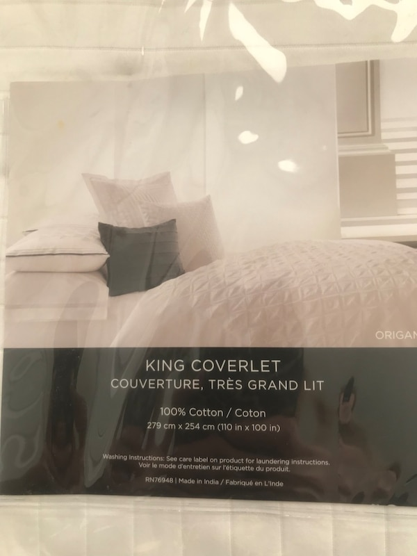 Used White King Coverlet Pack For Sale In Township Of Washington Letgo
