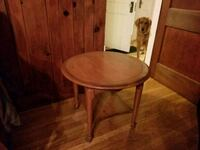 Side table for sale!  Knoxville, 37920
