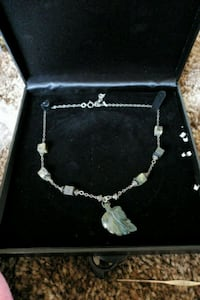 silver, marble, and jade necklace Pasco, 99301
