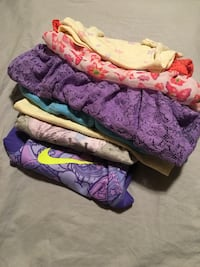 2T girls sweaters and shirts Merced, 95340