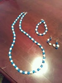 Natural pearls and teal 3 pc set