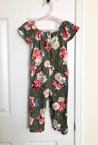 Old Navy toddler floral jumpsuit size 2T- never worn Mississauga, L5M 0C5