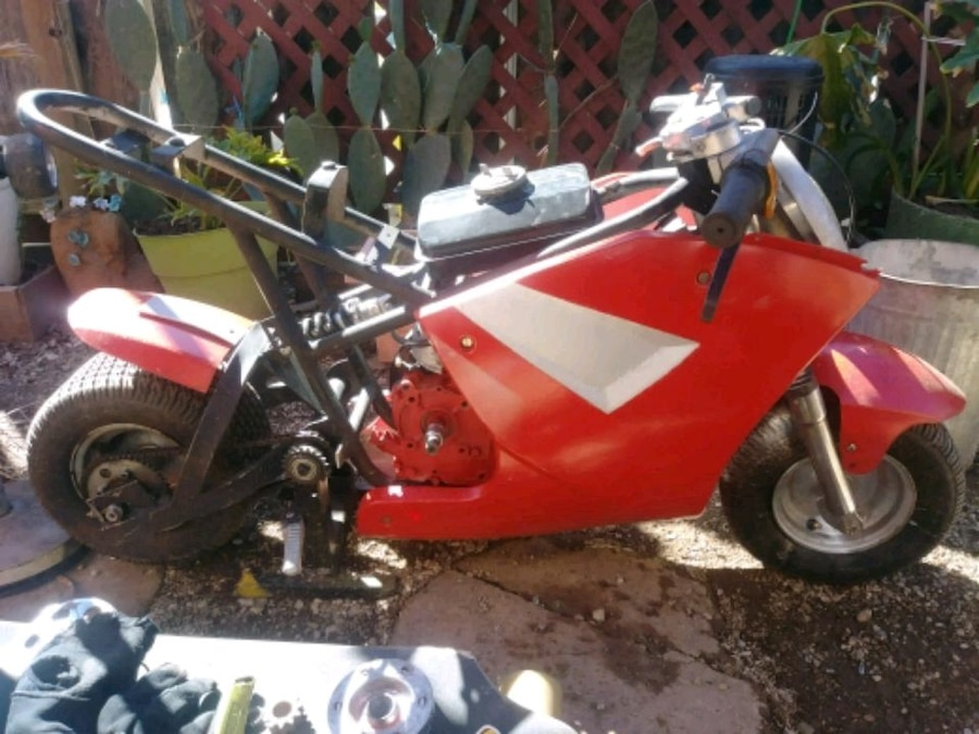 Photo Pocket Bike also have kids battery powered go cart for $60