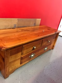 Blanket chest  Gainesville, 30506
