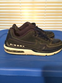 pair of black Nike Air Max shoes Glendale, 85309