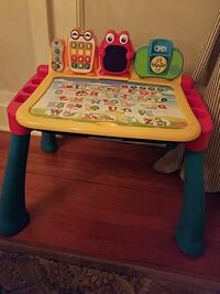 Vtech table with stool and multiple sheets