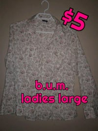 gray and white floral long-sleeved shirt 3134 km