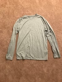 Eastern mountain sports baselayer shirt South Portland, 04106