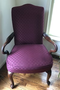 Upholstered Queen Anne open armed Chair Reisterstown, 21136