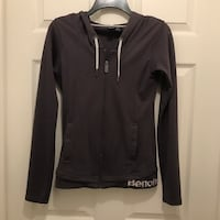 Gray bench full zip hoodie Fort Erie, L2A 4J1
