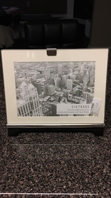 Sixtrees grayscale picture frame 5x7in