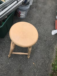 Bar stools have 2 Jessup, 20794