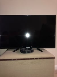 Element 32in TV, EXCELLENT condition  Jacksonville, 28546