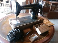 Free Westinghouse sewing machine ( Old-Cool) Topsham, 05086