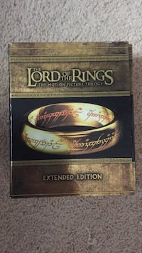 Lord of the rings blu ray complete set like new