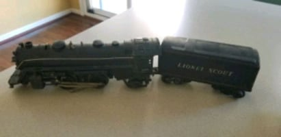 Lionel Lines Train Pieces
