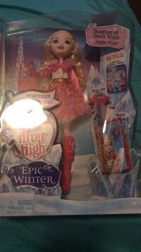 white and red Barbie doll pack Washington, 20019