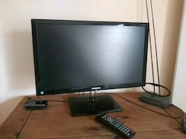 Samson Tv great little tv not hooked to cable  just a small antenna an