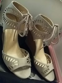 Taupe wedges size 9  Spokane Valley, 99216