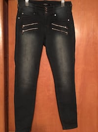 TORRID DRK. BLUE washed denims. Worn twice. Excellent Condition.  Size 10