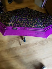 Authentic Coach umbrella London, N6L 1K3