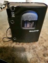 Sanyo cassette player with recording
