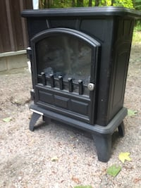 Small electric fireplace  Oro-Medonte, L0L