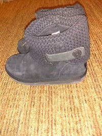 pair of black UGG boots Capitol Heights, 20743
