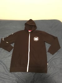 DC Hoodie black and white.