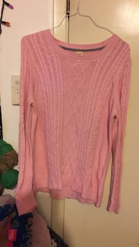 Women's pink sweater knitted