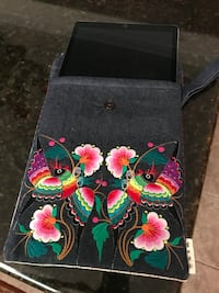 Beautiful embroidered iPad case - never used Chino Hills, 91709