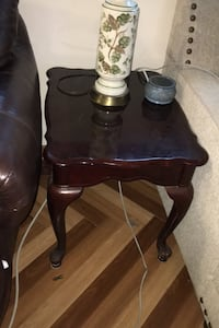 Bed side table  Metairie, 70001