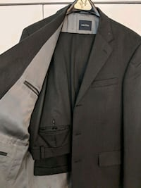 Men's suit, dark gray West Springfield, 22152