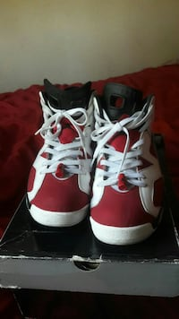 Carmines size 11 Los Angeles, 91342