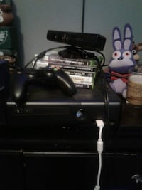 black Xbox 360 console with controller and game ca Ethel, 70730