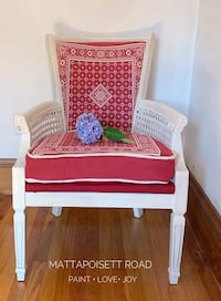 """Chairs"" to the Red, White and Blue!  Vintage Accent Chair Winthrop, 02152"