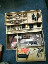 Bow and arrow accessory case
