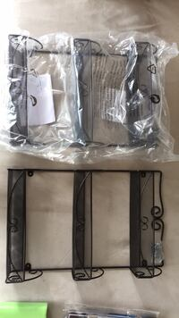 Black metal scrollwork wire rack Arlington, 22201