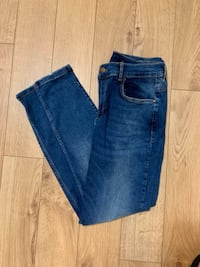 Women Skinny Denim Toronto, M9M 1V3