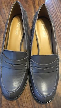 grey leather Nine West loafers Concord, 01742