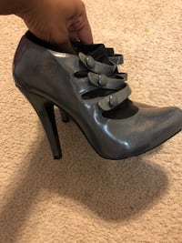 pair of black leather platform stilettos Clinton, 20735