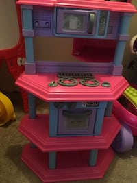 children's pink, blue, and purple kitchen playset Sherwood, 72076