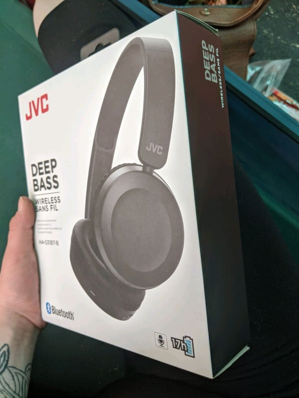 JVC Deep Bass Wireless Headphones 7af0f00f-1787-4a20-8033-40004f835600