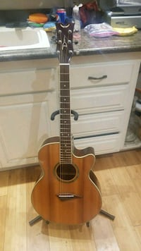 Dean performer in very nice condition with xlr out Santa Rosa, 95401